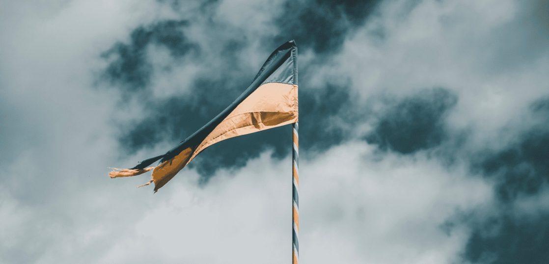 旗を立てる